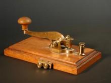 Morse-kulcs (vagy billentyű)